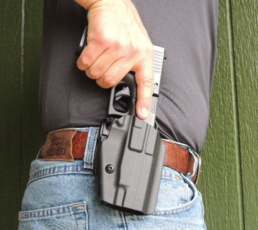 With the GLS locking lever disengaged the pistol can be withdrawn with ease.