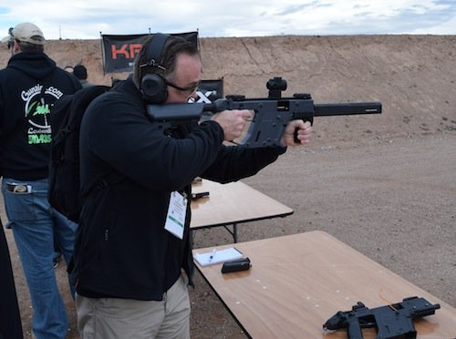 Our very own Rob Binney shoots the new Vector Gen II 9mm Enhanced carbine.