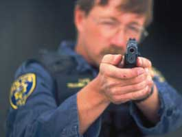 Law enforcement is no stranger to 1911 handguns photo by fbi.gov).