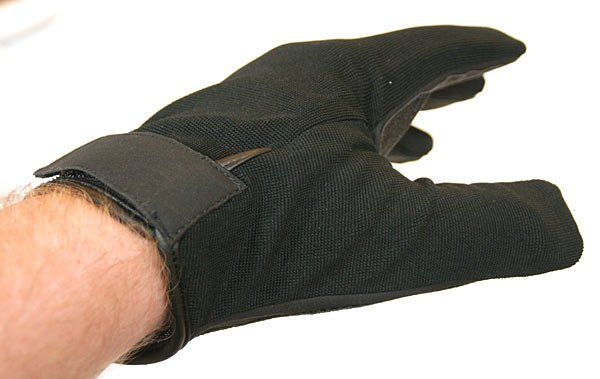 Ares cut resistant gloves