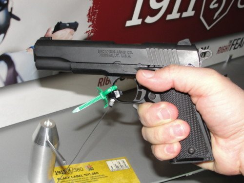 Gripping the Browning 1911-380 was easy and comfortable.