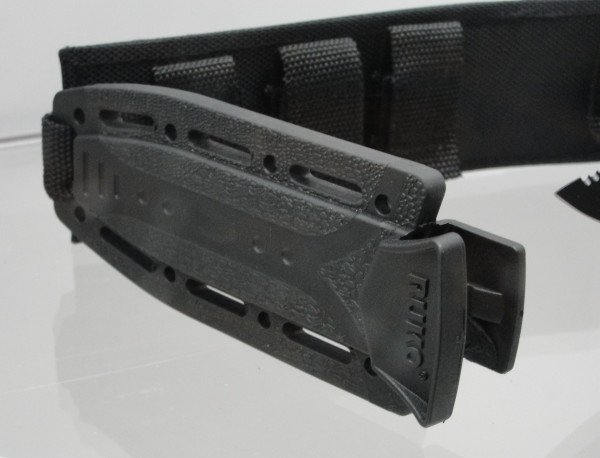RUKO clam shell style knife holder.