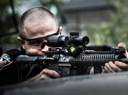 Police officers are much more accountable for shots, and the 6x magnification of the VCOG provides a high level of confidence at longer range shots.