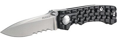 The compact Ruger Go-N-Heavy with Veff Serrations.