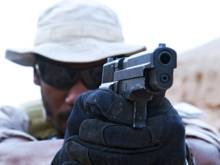 The SEALs have used the P226 Mk25 for over 10 years (photo by SEALs).