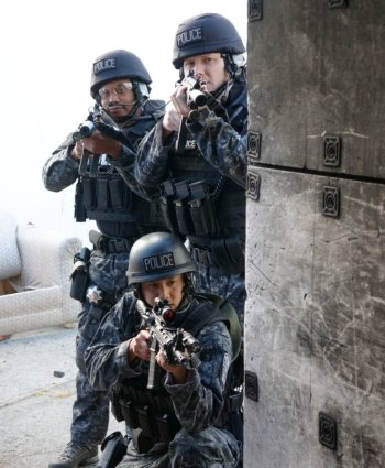 SWAT is typically a secondary response to active shooter situations (photo by fostercity.org).