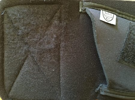 The simple felt-like material on the Neoprene lacks sufficient grip.