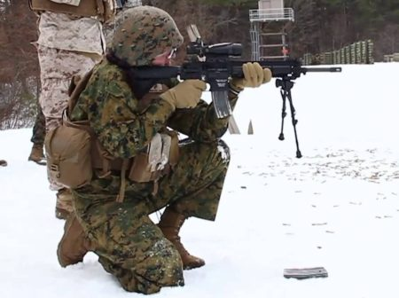 The HK 416 is designed to work in extreme conditions (photo by Marines).
