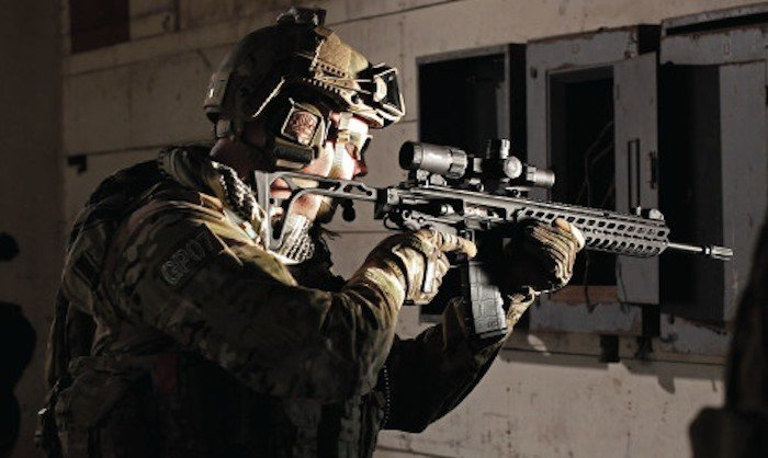 soldier shooting SIG MCX Virtus rifle